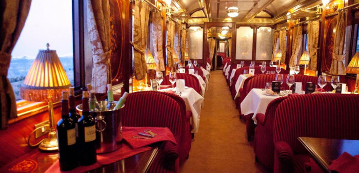Table Orient Express