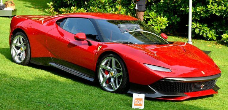 La Ferrari SP38 sul prato del Concorso d'Eleganza Villa d'Este