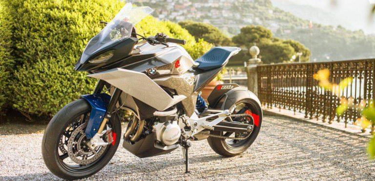 La concept BMW Motorrad 9cento presentata al Concorso d'Eleganza Villa d'Este