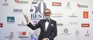 Lo Chef Massimo Bottura del Ristorante Osteria Francescana alla premiazione del World's 50 Best Restaurants 2018