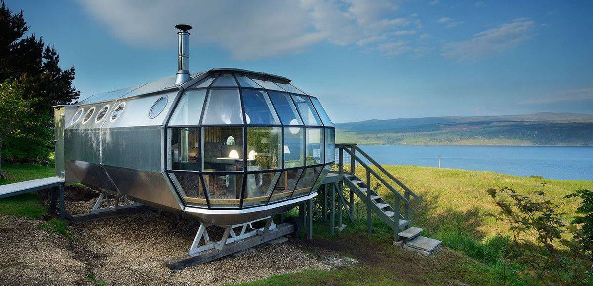 la casa a forma di dirigibile Airship 002 House