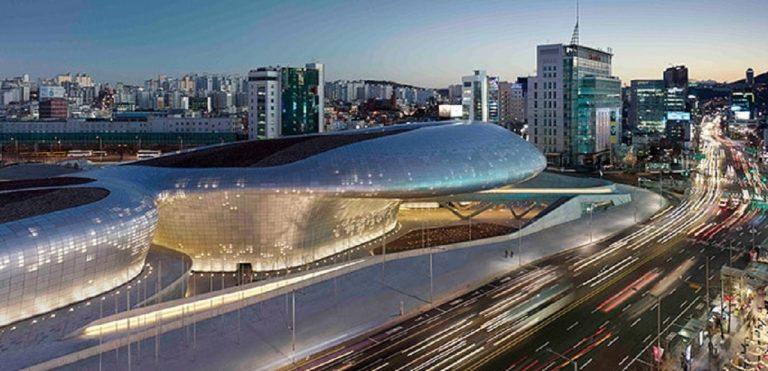 Dongdaemun Design Plaza - Il cuore della città di Seul