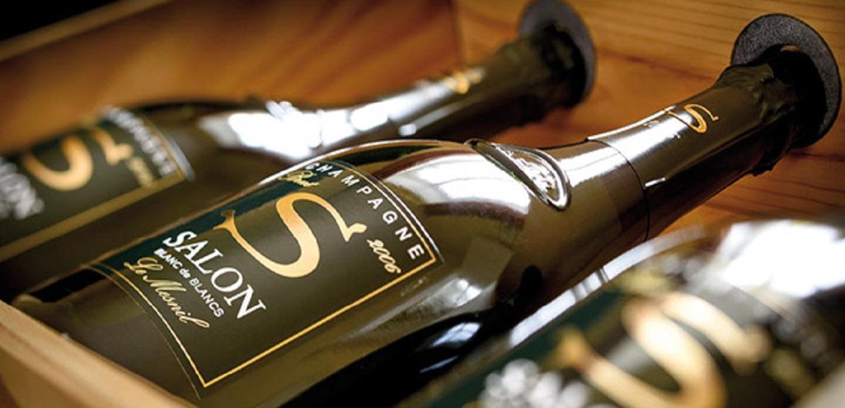 Champagne Salon Brinda alla tue estate con Stile!