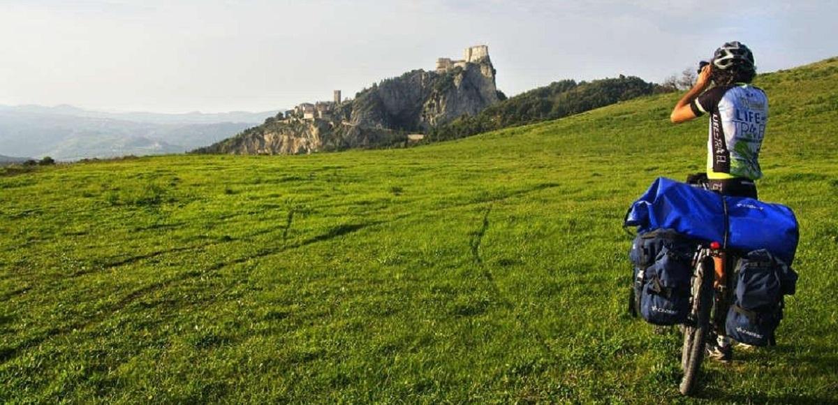 2020: San Leo Città della bici Il viaggio ecologico del Cicloturismo