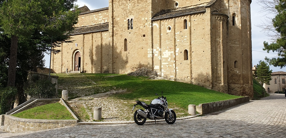 BMW R 1250 R: il test drive di TopLook da Nivola Style Rimini