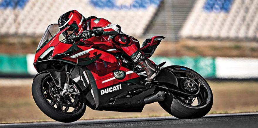 Ducati Panigale V4 Superleggera Un fulmine su strada