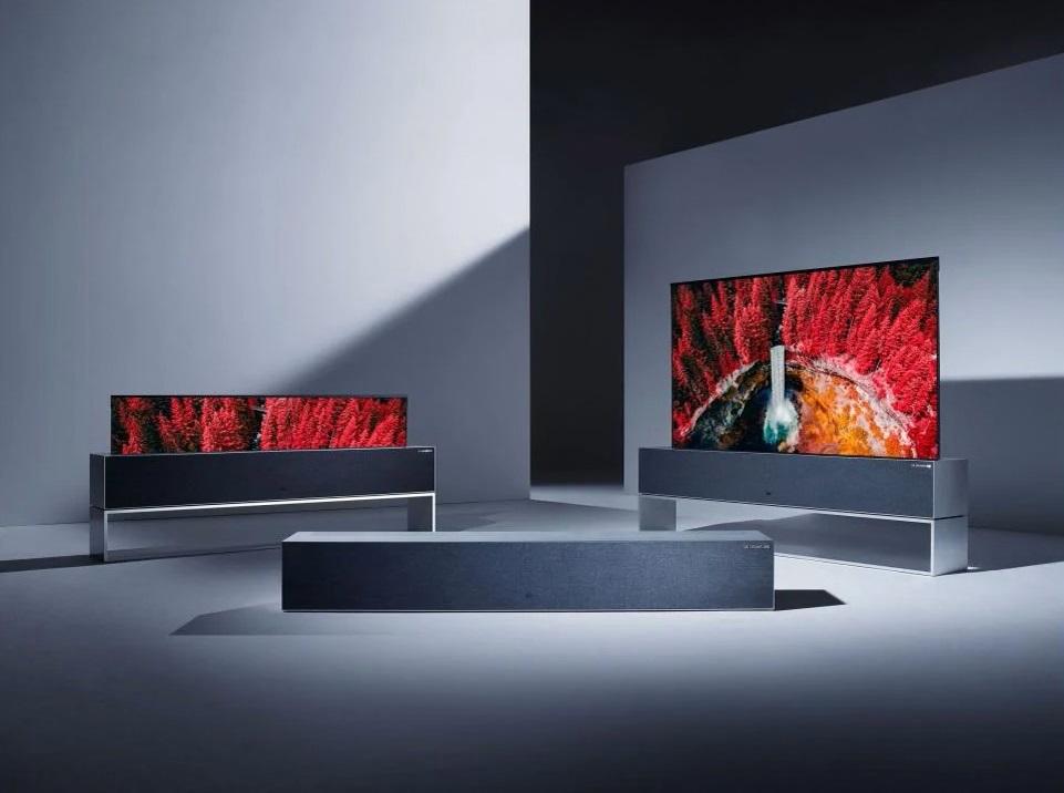 LG SIGNATURE OLED R Il primo televisore arrotolabile che costa quasi come un appartamento!