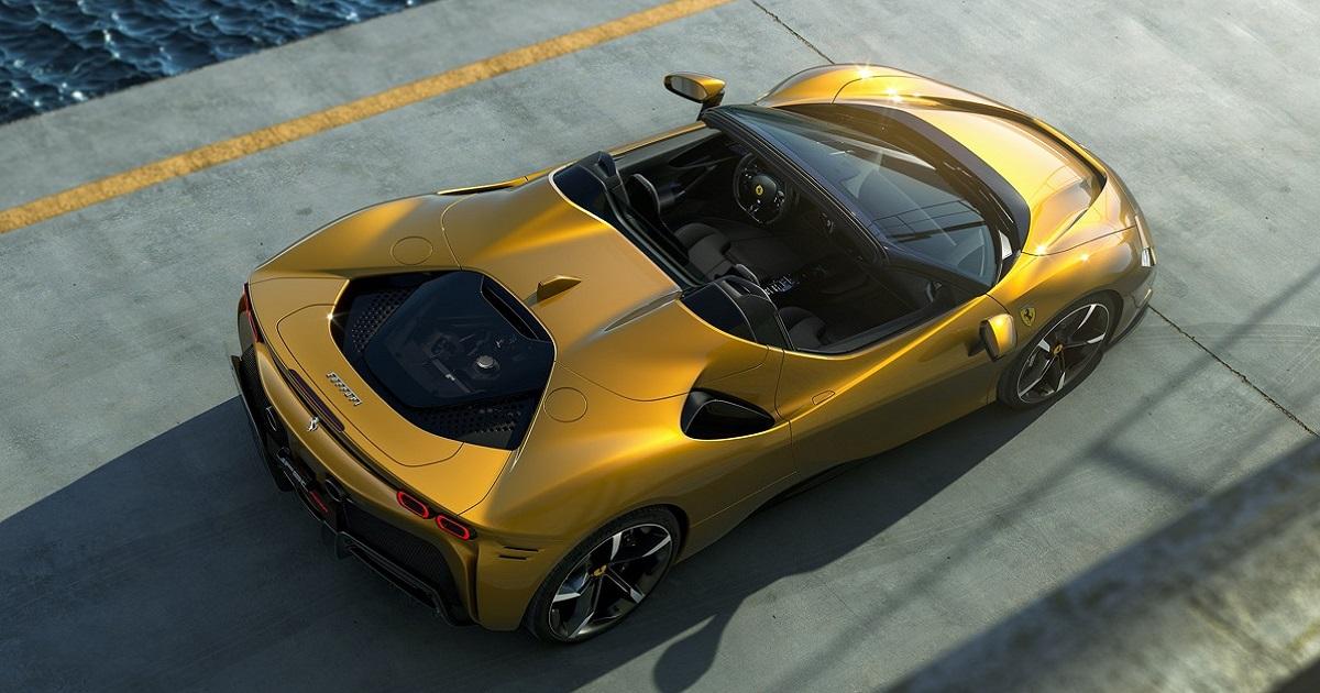 Ferrari SF90 Spider 2021: la nuova supercar ibrida di Maranello