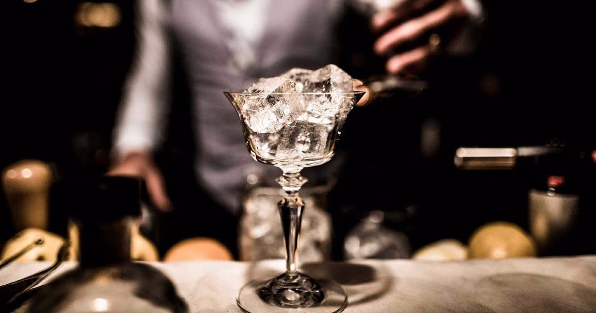 Cocktail fai da te: come preparare a casa i drink più costosi al mondo