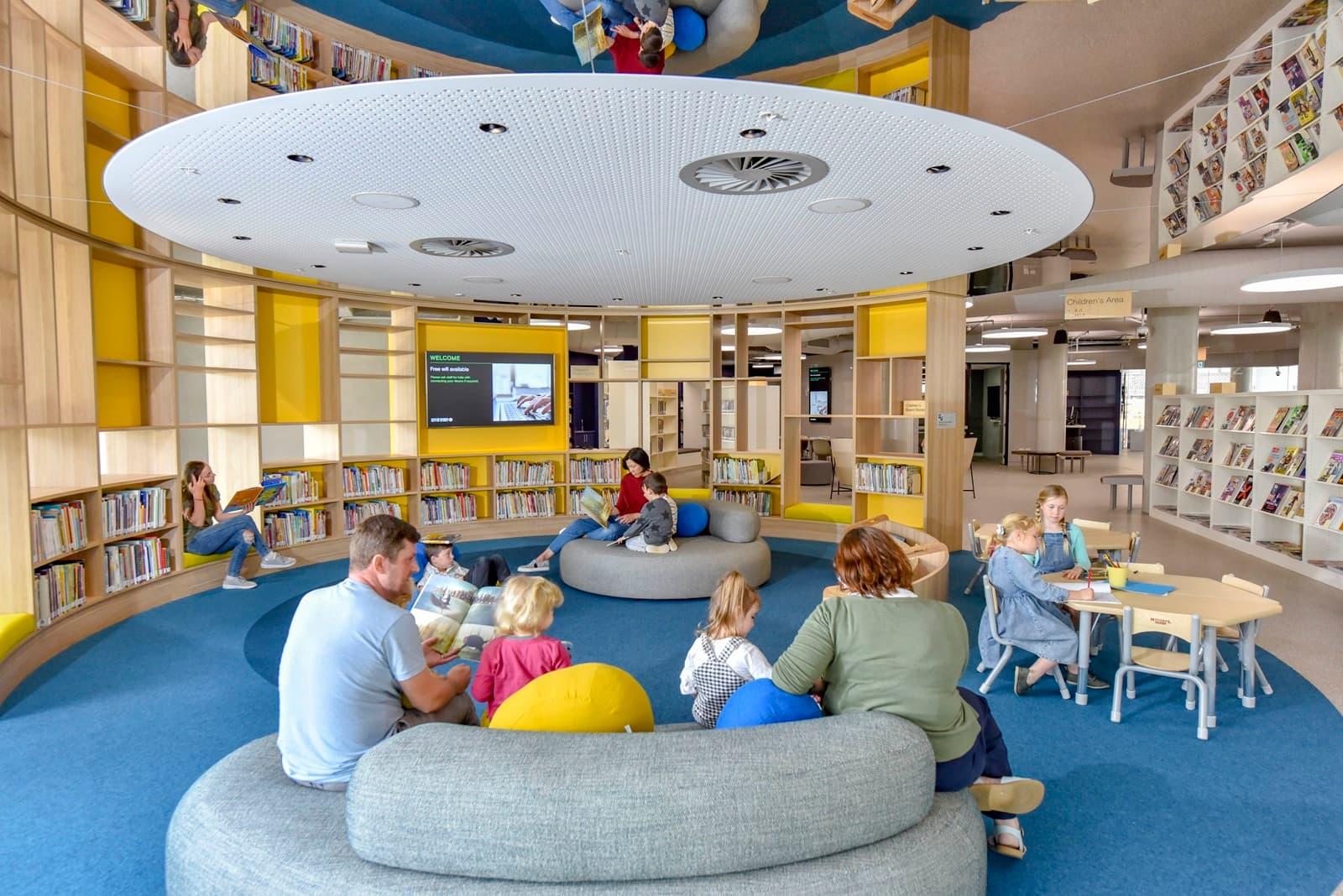 """Darling Square Library Sidney: un """"abbraccio"""" di legno"""