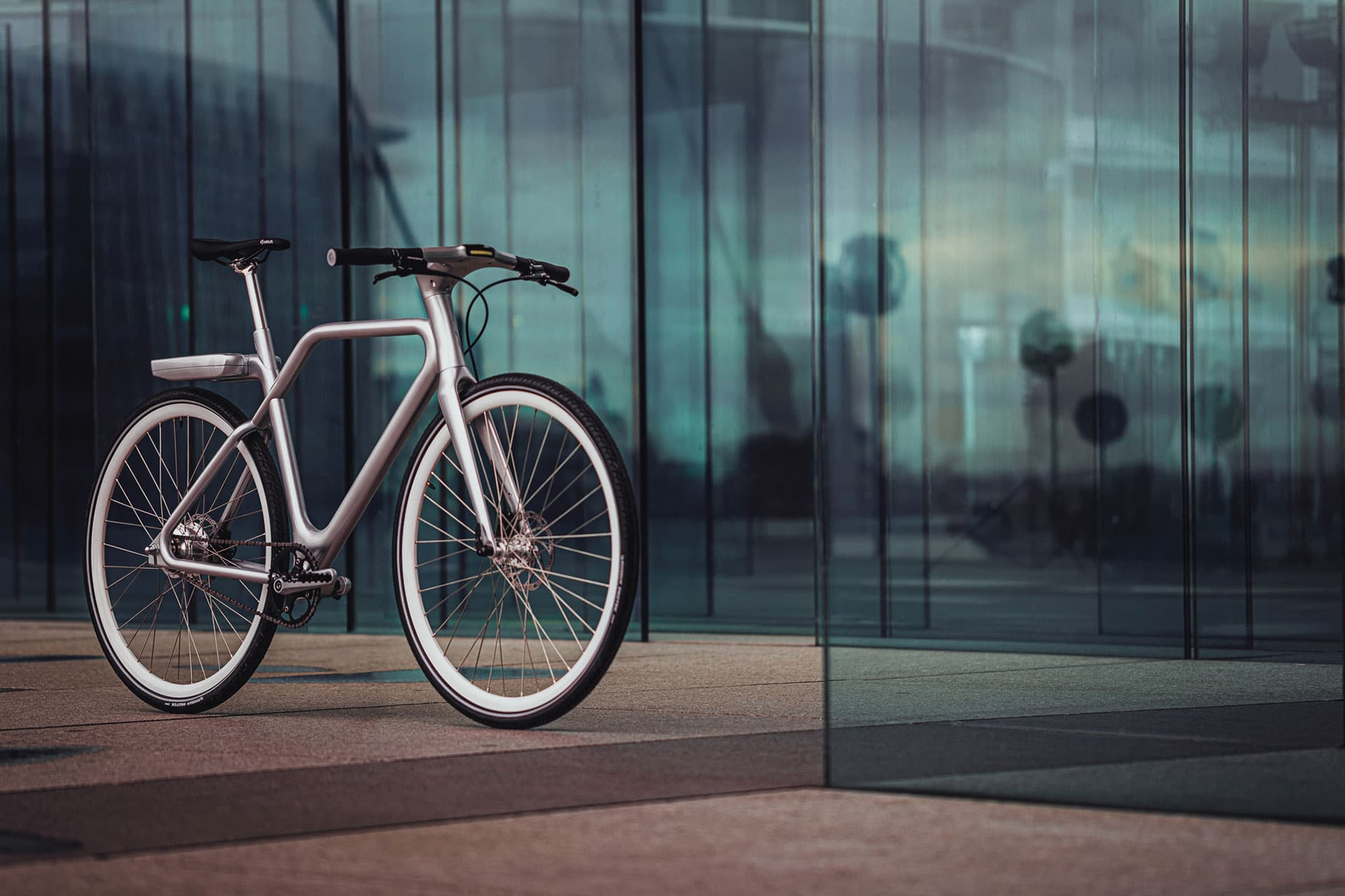 Angell Bike La e-bike ultraleggera disegnata da Ora Ïto