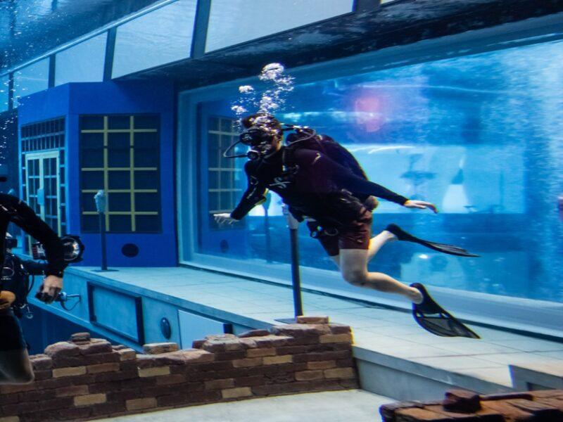Deep Dive Dubai La piscina per immersioni più profonda del mondo